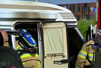 Vakantiedrama: dertig jaar oude camper brandt uit op camperplaats bij station Dalfsen