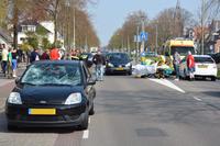 Twee overstekende voetgangers geschept op zebrapad in Sappemeer + Video